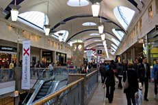 Inside Bluewater shopping centre. Pic: Rictor Norton & David Allen, CC